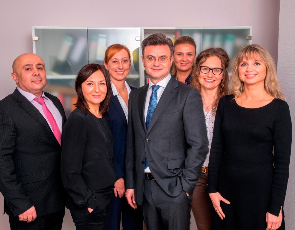 Адвокаты и Юристы в Германии